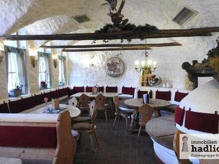 Bestens eingeführte Schihütte/Bergrestaurant in der Schiregion DACHSTEIN WEST zu verkaufen, mit ca. 280 Sitzplätzen innen und großzügiger Sonnenterrasse!