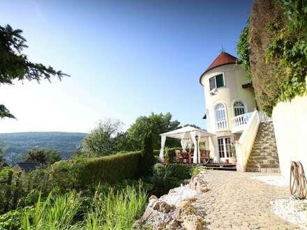 Hinterbrühler Familien Villa mit eigenem Waldzugang, Pool und Traum Aussicht!