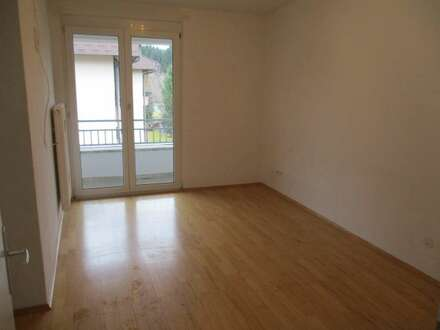 3-Zimmer im 2. OG mit Balkon mit Bergblick