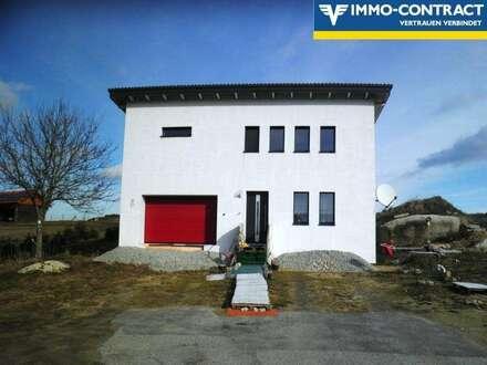 Neubau ! Bezugsfertiges Wohnhaus auf großem Grundstück