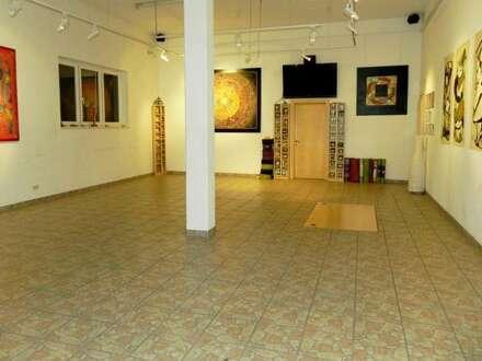 Galerie-; Seminar-; oder Mehrfamilienwohnhaus