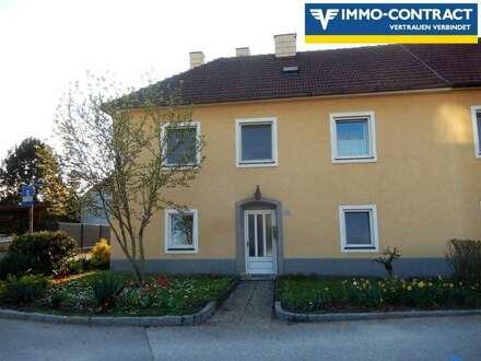 Haushälfte - große Wohnung in Wallsee