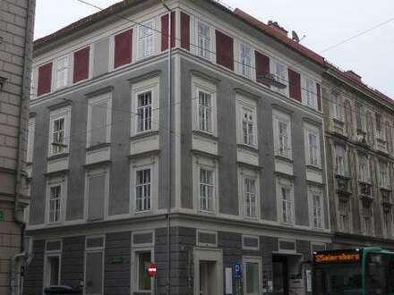 Großzügige Altbestand-Büroräume in zentraler Innenstadtlage