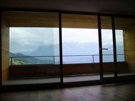 4 Zimmer Maisonette mit großer Terrasse und herrlichem Fernblick