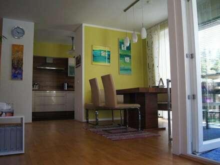 Sonnige, ruhige und möblierte 4-Zi-Wohnung (101m2)