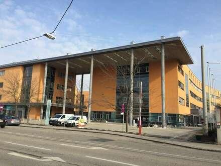 Repräsentatives 530m² Büro in Toplage - im Prinz-Eugen-Center - eigene Tiefgarage und Abstellplätze vorhanden