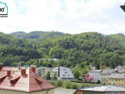Altstadtgeflüster: XL 3 Zimmer Wohnung m. Balkon