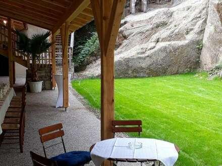 Charmantes Café auf Burg Clam zu vermieten
