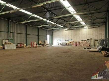830 m² Kaltlagerhalle im Gewerbegebiet