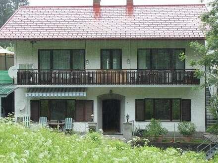 Kötschach- Mauthen: Ferien/Zweifamilienhaus in guter Lage!