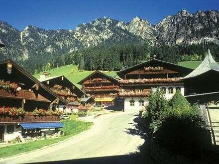 Alpbach: Charmante, gut eingeführte Bar zu verkaufen