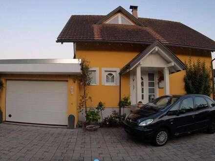 Einzigartiges Haus in bester Lage mit Garage und einem großen Garten in Brederis