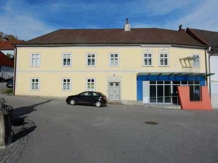 Geschichtsträchtiges Wohn-/Geschäftshaus im Kurort Bad Großpertholz