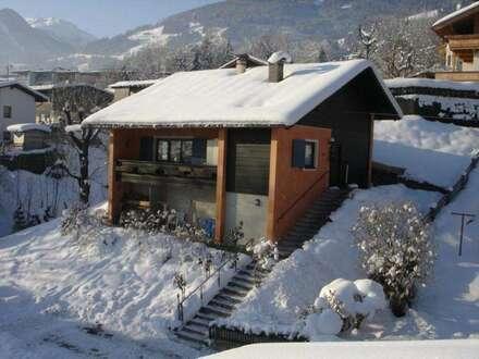 Fügen-Zentrum: Idyllisches Ferienhaus (Chalet) auf ca. 570 m² großem Grundstück