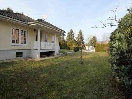 BUNGALOW mit 590 m² GARTEN in NEU OBERHAUSEN