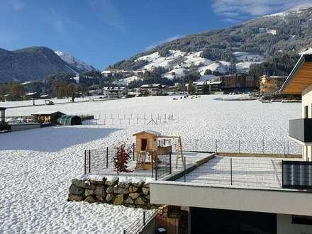 Luxus- Doppelhaushälfte voll möbliert mit Dachterrasse direkt am Skilift