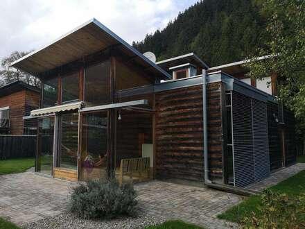 Traumhaftes Holzhaus mit großen Fensterflächen für einen tollen Blick, 4 Schlafzimmer, Wintergarten