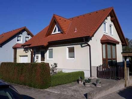 Traumhaus in Ruhiger Lage mit Vollkeller und Garage