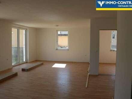 ERSTBEZUG - Erdgeschosswohnung mit Garten zum Grillen in einem Neubau-Einfamilienhaus