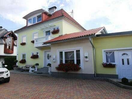 *** Gepflegtes Haus mit Einlegerwohnung und ausgebauten Dachgeschoss ***