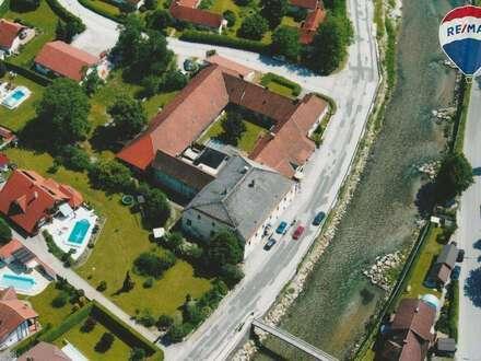 Denkmalgeschützer historischer Gasthof mit Fremdenzimmer und Wohnungstrakt