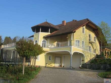 ACHTUNG TOPANGEBOT - Wunderschöne Villa in exklusiver Ausführung mit atemberaubender Aussicht !