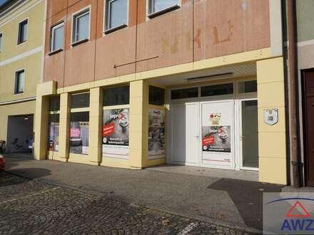 Ca. 300 m² Geschäftslokal / Lager in Steyregg zu vermieten!