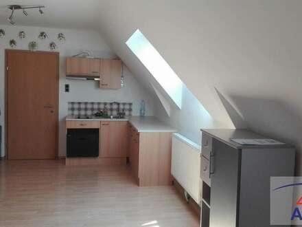 PREIS-werte kleine Wohnung im Grünen