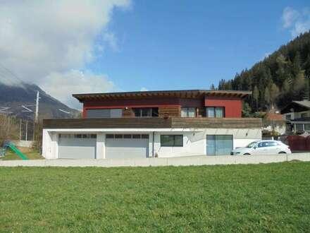 Betriebs- und Wohngebäude in Steinach am Brenner