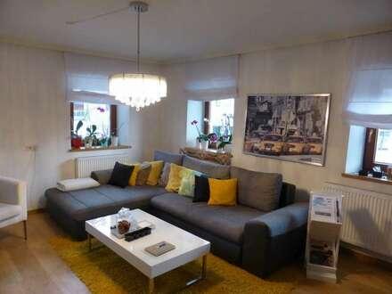 Kramsach: Zentral gelegene 3-Zimmer-Wohnung mit Carport und Parkplatz