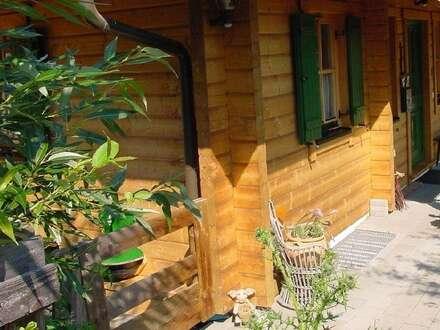 Neues Holzblockhaus in Alleinlage am Waldrand