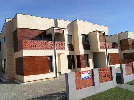 Exklusive Doppelhaushälfte, Provisionsfrei für den Käufer!
