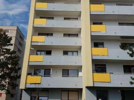 Gepflegte Wohnung mit Balkon !