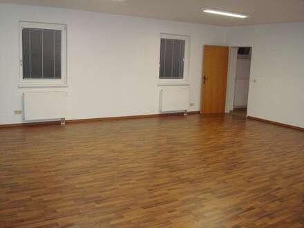 Büro-/Geschäftsraum 59m² in 4560 Kirchdorf zu vermieten!