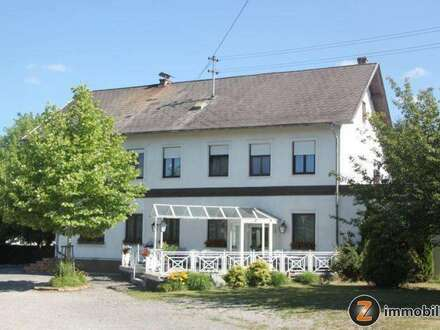 Ländliches Dorfgasthaus / Café-Restaurant mit 2 Wohneinheiten