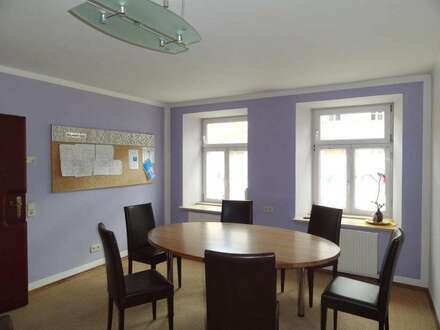 Büro oder Praxisräume im historischen Stadthaus, zentrale und ruhige Lage