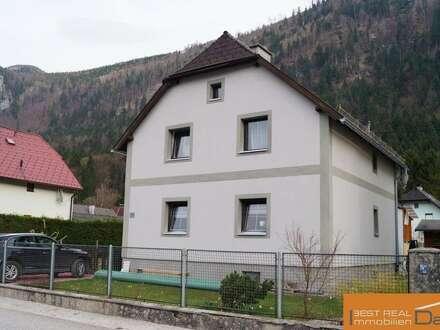 Gemütliches Einfamilienhaus in ruhiger Siedlungslage von Ebensee!!