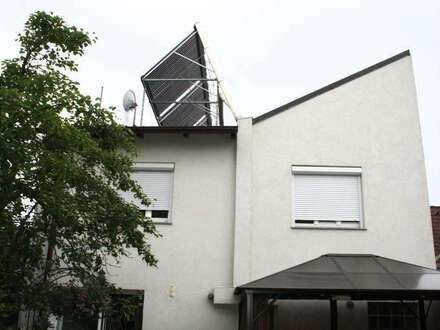 +++ Einfamilienhaus mit SOLARANLAGE +++ 7 km vom 21. Bezirk entfernt +++ 256m² Bunter Garten +++ 4-Zimmer +NUR € 329.000,-