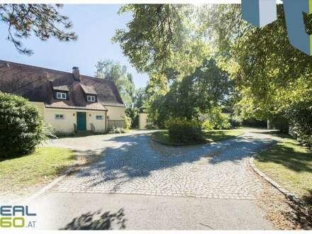 Exklusives Wohnjuwel mit zwei Landhausvillen auf herrschaftlichem Grundstück!