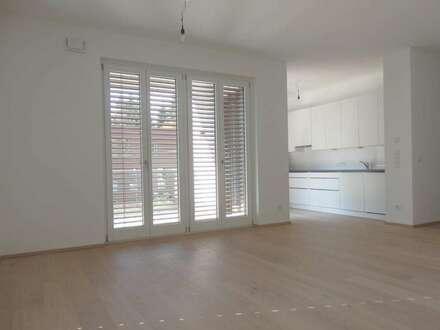 ELSBETHEN - JEDEM ANFANG WOHNT EIN ZAUBER INNE!  Helle 3-Zimmer-Terrassen Wohnung für Life & Style!