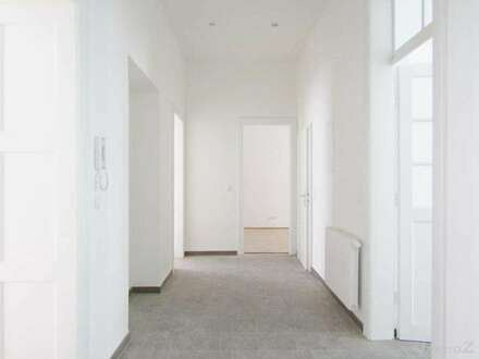 Nähe Schillerplatz – Erstbezug – renoviert Altbauwohnung mit 8,00 m² Innenhofterrasse