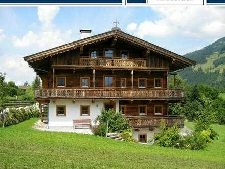 Wohnung in einem wiedererrichteten, alten Holzbauernhof in herrlicher Lage von Jochberg