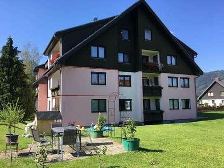 Wunderschöne, helle 4 Zimmer Wohnung mit Loggia und Tiefgarage in ausgezeichneter Lage
