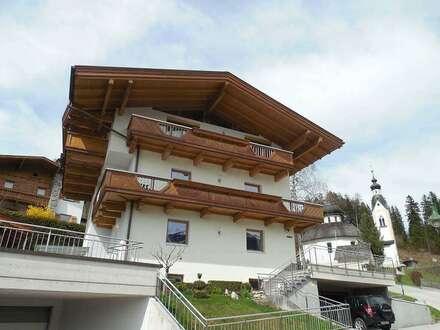 Großes schönes Wochenendhaus als Zweitwohnsitz direkt im Skigebiet Fügen, für 2-3 Familien oder Verein/Firma