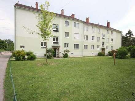ERSTBEZUG nach Sanierung! 3 Zimmerwohnung mit Balkon