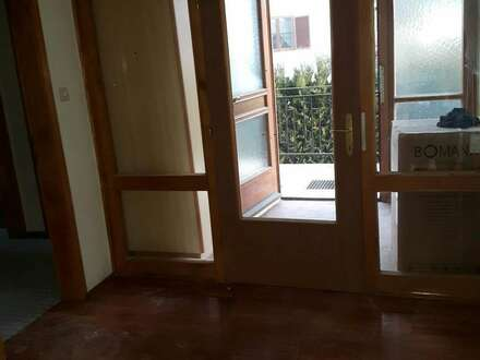 EG 3 Zimmer mit Balkon