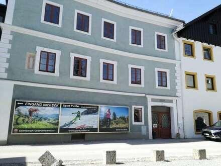 """Großzügige Geschäftsräume in Mauterndorf """"Warum in die Ferne schweifen – Sieh das Gute liegt so nah"""""""