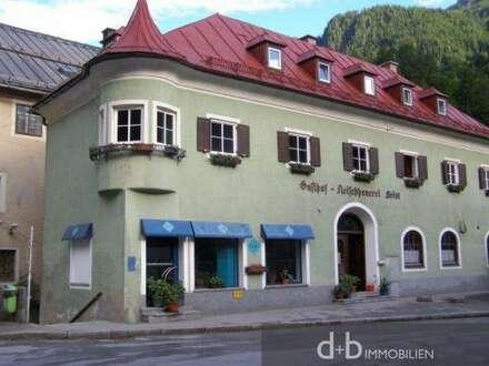 Geschäfts- und Wohnhaus in Lend