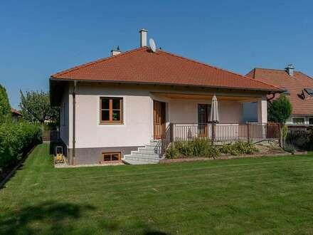 Wunderschöne Ein-Etagen-Villa südöstlich von Wien!