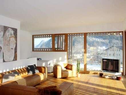 Stilvolles Zuhause mit Einliegerwohnung in ruhiger & sonniger Lage!